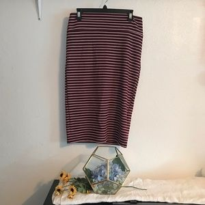Dresses & Skirts - Maroon Skirt